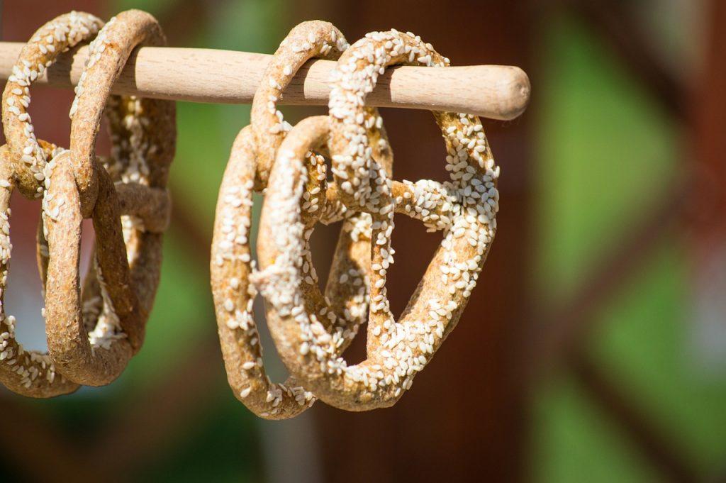 pretzel-1209345_1280