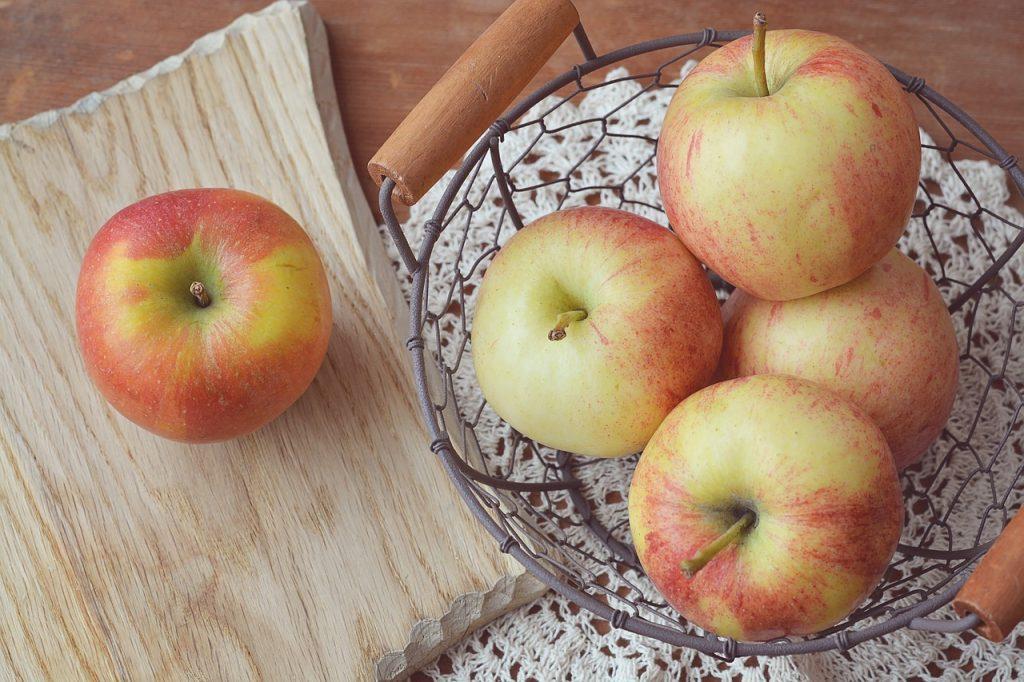 apple-1244032_1280