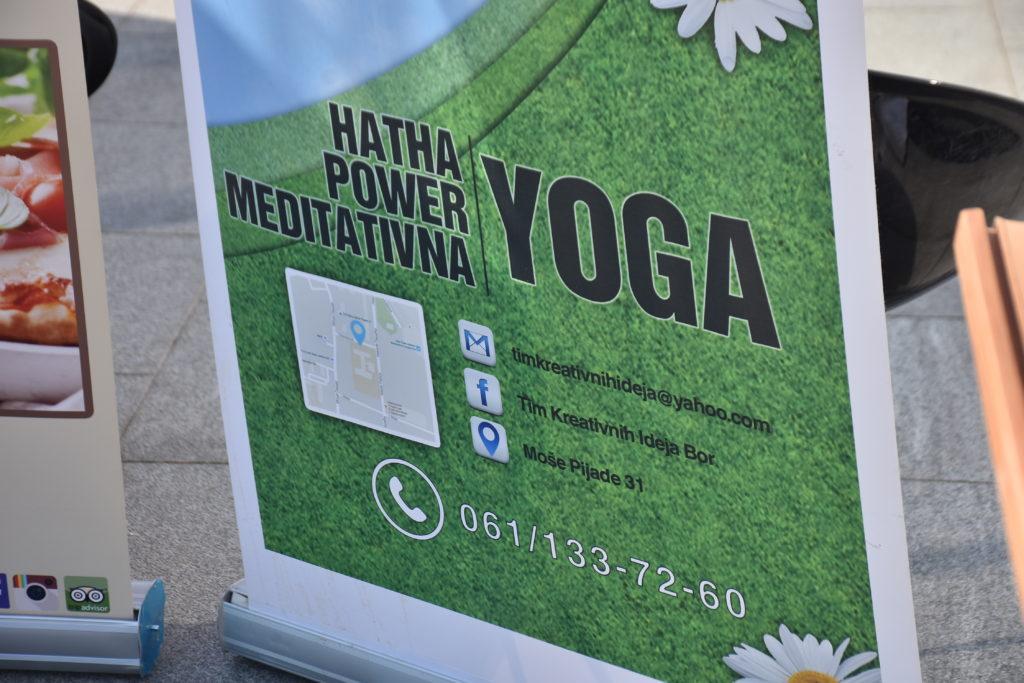 Posebno želimo da se zahvalimo Yoga kreaciji i sertifikovanoj joga instruktorki Tanji janković Joga Saveza Srbija na praktičnim vežbama opuštanja, disanja i joge koje su obogatile program Međunarodnog dana atopijskog ekcema.